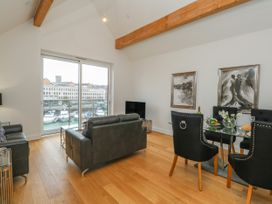 Harbourside Haven Penthouse 2 - Dorset - 1059267 - thumbnail photo 2