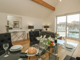 Harbourside Haven Penthouse 2 - Dorset - 1059267 - thumbnail photo 3