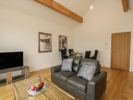 Harbourside Haven Penthouse 2 - Dorset - 1059267 - thumbnail photo 4