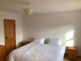 Cherry Blossom Cottage - County Clare - 1059276 - thumbnail photo 10