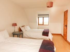 Cherry Blossom Cottage - County Clare - 1059276 - thumbnail photo 33