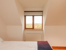 Cherry Blossom Cottage - County Clare - 1059276 - thumbnail photo 37