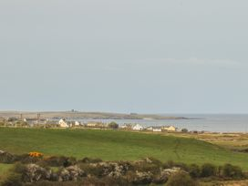 Cherry Blossom Cottage - County Clare - 1059276 - thumbnail photo 40