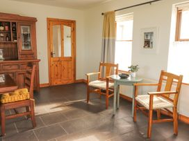 Cherry Blossom Cottage - County Clare - 1059276 - thumbnail photo 6