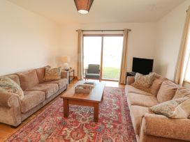 Cherry Blossom Cottage - County Clare - 1059276 - thumbnail photo 16