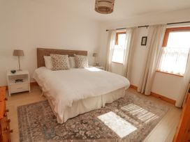 Cherry Blossom Cottage - County Clare - 1059276 - thumbnail photo 18