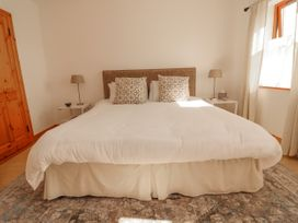 Cherry Blossom Cottage - County Clare - 1059276 - thumbnail photo 20