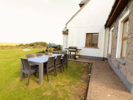 Cherry Blossom Cottage - County Clare - 1059276 - thumbnail photo 38