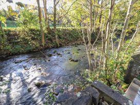 Riverview Cottage - Peak District - 1059440 - thumbnail photo 19