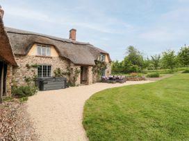 Garden View - Somerset & Wiltshire - 1059477 - thumbnail photo 24