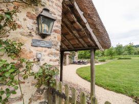 Garden View - Somerset & Wiltshire - 1059477 - thumbnail photo 3