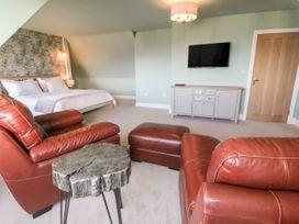 Top Floor, Gweal-an-Drea - Cornwall - 1059503 - thumbnail photo 3