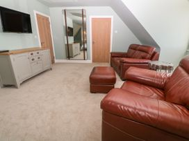 Top Floor, Gweal-an-Drea - Cornwall - 1059503 - thumbnail photo 4
