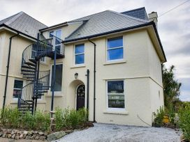 Top Floor, Gweal-an-Drea - Cornwall - 1059503 - thumbnail photo 1