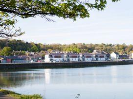 1 Marina View - North Wales - 1059557 - thumbnail photo 17