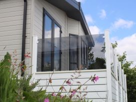 Lilac Lodge - Cornwall - 1059660 - thumbnail photo 2
