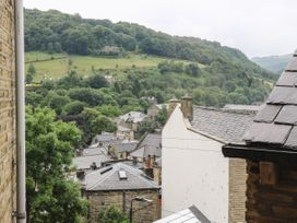 Across the Rooftops in Hebden Bridge - Yorkshire Dales - 1059708 - thumbnail photo 12