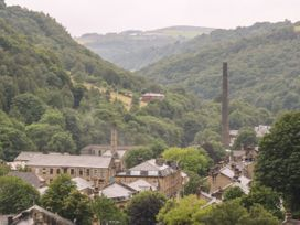 Across the Rooftops in Hebden Bridge - Yorkshire Dales - 1059708 - thumbnail photo 13