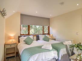 Barn Apartment 4 - South Wales - 1059773 - thumbnail photo 6