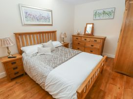 Top Farm Lodge (formerly The Goat's Shed) - Shropshire - 1059787 - thumbnail photo 10