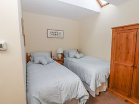 Top Farm Lodge (formerly The Goat's Shed) - Shropshire - 1059787 - thumbnail photo 13
