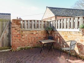 Top Farm Cottage ( formerly The Stables) - Shropshire - 1059788 - thumbnail photo 14