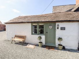 Top Farm Cottage ( formerly The Stables) - Shropshire - 1059788 - thumbnail photo 2