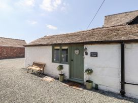 Top Farm Cottage ( formerly The Stables) - Shropshire - 1059788 - thumbnail photo 15