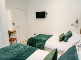 Sycamore Lodge - Mid Wales - 1059812 - thumbnail photo 17