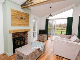 Sycamore Lodge - Mid Wales - 1059812 - thumbnail photo 3