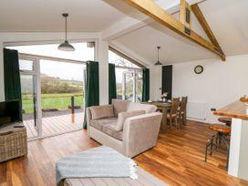 Sycamore Lodge - Mid Wales - 1059812 - thumbnail photo 5