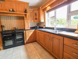Lough Neagh Cottage -  - 1059887 - thumbnail photo 10