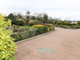Lough Neagh Cottage -  - 1059887 - thumbnail photo 21