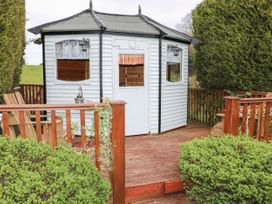 Lough Neagh Cottage -  - 1059887 - thumbnail photo 22