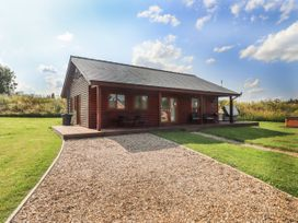 Sunset Lodge - No.6 - Lincolnshire - 1059975 - thumbnail photo 1