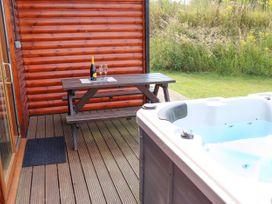 Sunset Lodge - No.6 - Lincolnshire - 1059975 - thumbnail photo 27