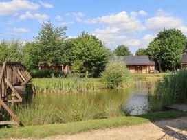 Sunset Lodge - No.6 - Lincolnshire - 1059975 - thumbnail photo 32