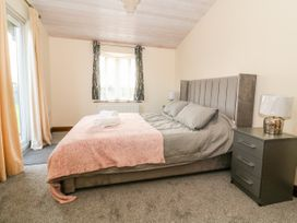 Oakwood Lodge - Whitby & North Yorkshire - 1060170 - thumbnail photo 9