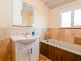 Oakwood Lodge - Whitby & North Yorkshire - 1060170 - thumbnail photo 15