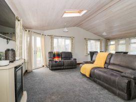 Oakwood Lodge - Whitby & North Yorkshire - 1060170 - thumbnail photo 4