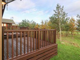 Oakwood Lodge - Whitby & North Yorkshire - 1060170 - thumbnail photo 17