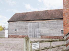 Stockbatch Granary - Shropshire - 1060179 - thumbnail photo 3