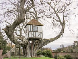 Tree House Barn - Shropshire - 1060185 - thumbnail photo 23