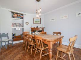 Trevethen Cottage - Cornwall - 1060284 - thumbnail photo 6