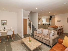 2 bedroom Cottage for rent in Leek