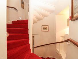 The Preston Tower Apartment - Scottish Lowlands - 1060429 - thumbnail photo 15