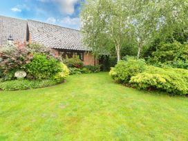 Hunters Cottage Annex - Norfolk - 1060486 - thumbnail photo 2