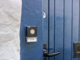 Blue Door - Scottish Lowlands - 1060516 - thumbnail photo 3
