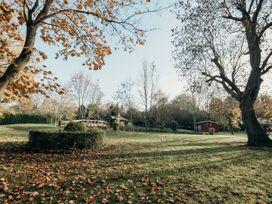 The Farmhouse at West Drayton Farm - Lincolnshire - 1060781 - thumbnail photo 47