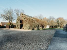 The Farmhouse at West Drayton Farm - Lincolnshire - 1060781 - thumbnail photo 45